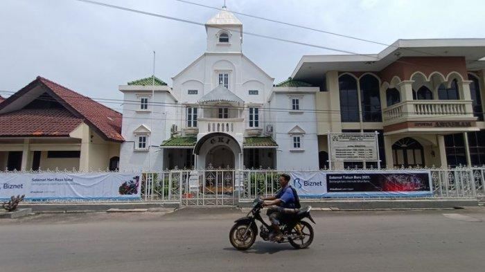 Gereja Tertua di Indramayu Minim Hiasan Pernak-pernik Pada Perayaan Hari Raya Natal 2020