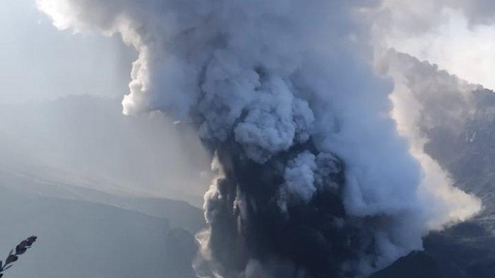 BREAKING NEWS - Gunung Tangkubanparahu Meletus Kembali Tadi Malam, PVMBG Naikkan Status Jadi Waspada