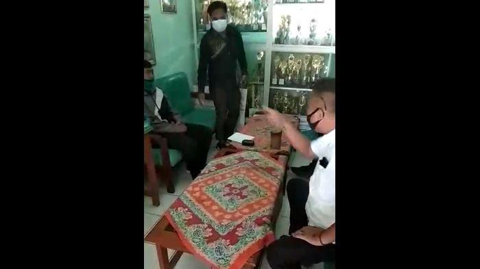 Eko Guru yang Diintimadasi Gegara Posting Jalan Rusak di Kabupaten Sukabumi, Ngaku Akan Tetap Kritis
