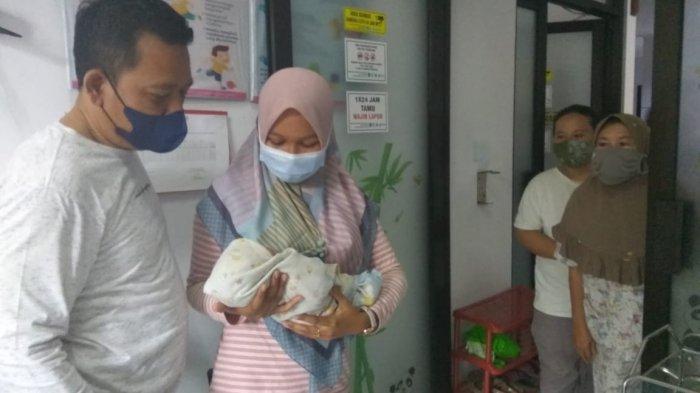 Fakta-fakta Bayi Cantik Dibuang di Masjid Pangandaran Jadi Rebutan Ibu-ibu yang Ingin Mengadopsinya