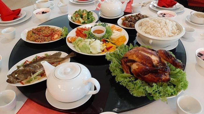 Meriahkan Tahun Baru Imlek, Hotel Santika Cirebon Hadirkan Paket Makan Malam Istimewa Imlek