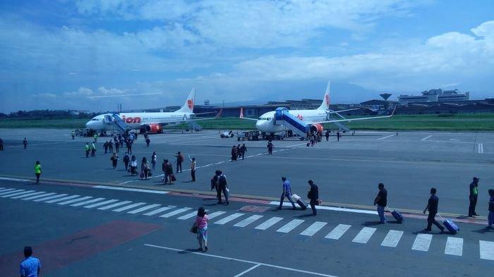 Penumpang di Bandara Husein Sastranegara Membeludak, Catat Rekor Penumpang Terbanyak Selama Pandemi