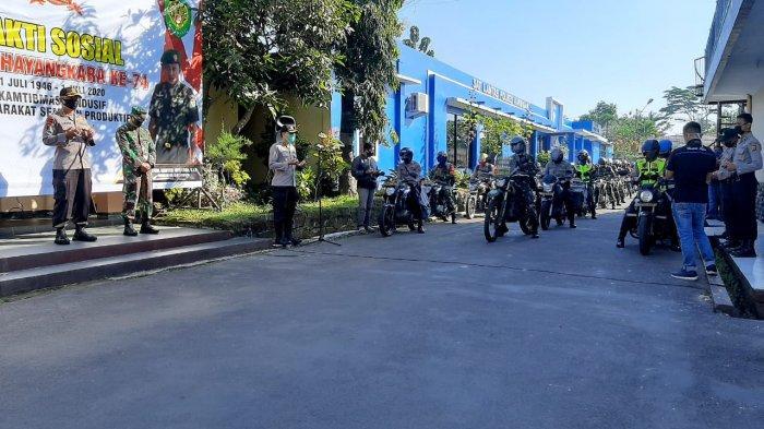 Momentum HUT Bhayangkara, Polres Kuningan Salurkan Sembako dan APD untuk Warga Terdampak Covid-19