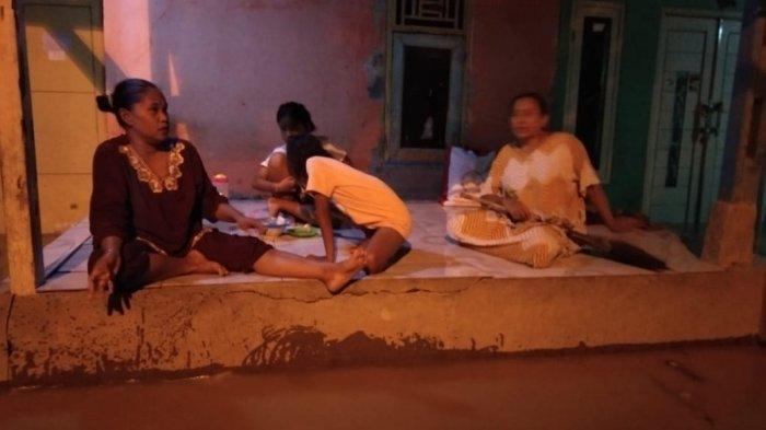 Rumahnya Diterjang Banjir 7 Kali, Warga Karangligar Karawang Ini 4 Kali Beli Kipas Lantaran Rusak