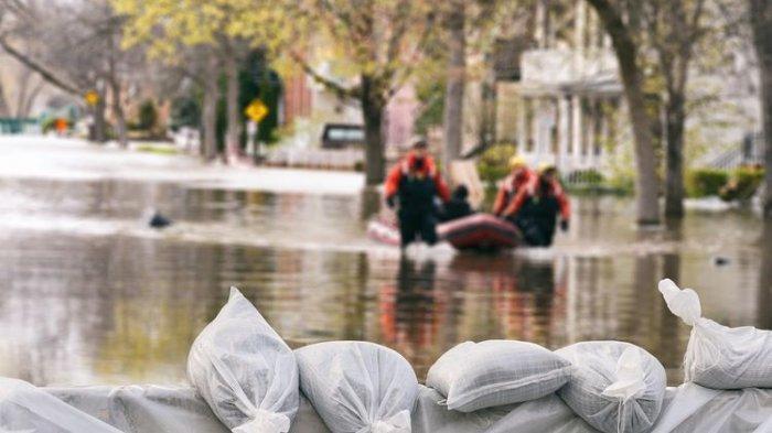 7 RT di Jakarta Barat dan Selatan Terendam Banjir, Warga Belum Mengungsi, Ini Daftar Jalan Tergenang