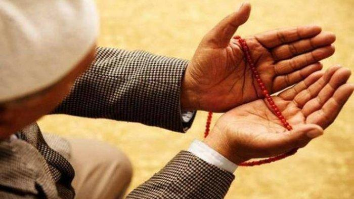 Sebentar Lagi Bulan Ramadan, Ini Bacaan Doa Setelah Sholat Tarawih dan Witir, Dilengkapi Doa Kamilin