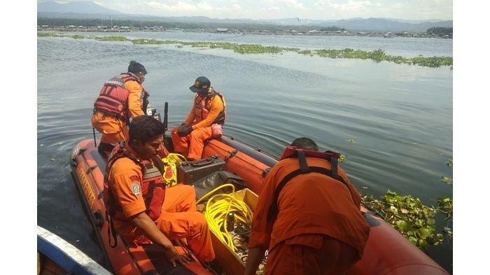 KABAR DUKA Awal Tahun Baru 2021, Perahu Terbalik di Waduk Cirata, Lima Orang Hilang