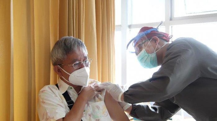 Ini Efek yang Dirasakan Lansia di Kota Bandung Setelah Disuntik Vaksin Covid-19