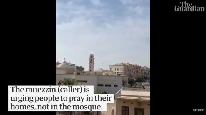 VIDEO Seorang Muadzin Menahan Tangis Saat Kumandangkan Adzan di Kuwait: Salatlah Kalian di Rumah
