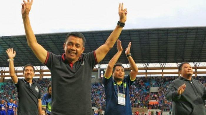 Manajemen PSIS Semarang Resmi Melepas Jafri Sastra dari Kursi Pelatih