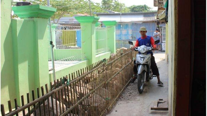 Warga Bersyukur, Jalan yang Diblokir Batu Gegara Calon Kades Kalah di Indramayu Sudah Bisa Dilalui