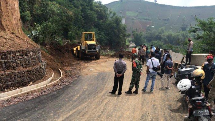 Pemkab Majalengka Ubah Rute Jalur Jatilima Akibat Sering Longsor di Terasering Panyaweuyan