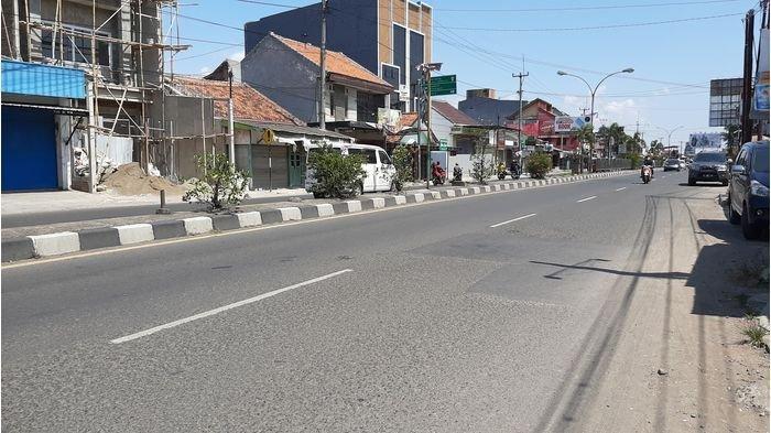 Hari Kedua Idulfitri, Arus Kendaraan di Jalur Pantura Cirebon Masih Lengang
