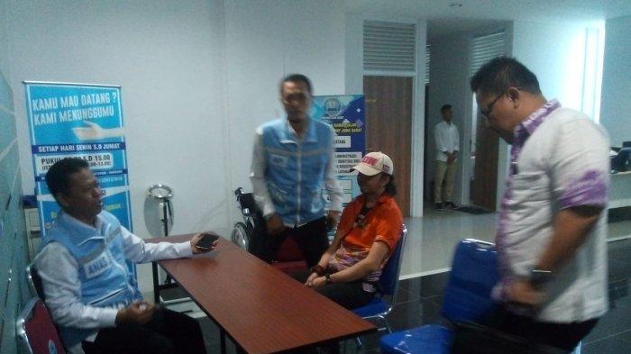 Jamal Preman Pensiun Dikawal Polisi Satnarkoba Datangi BNN Jabar Ajukan Rehabilitasi