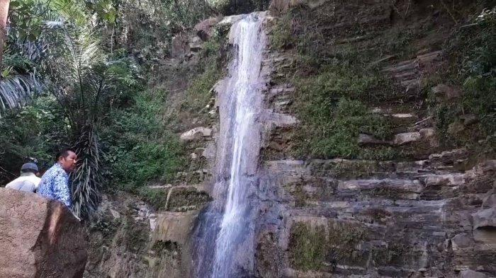 Curug Cikabuyutan, Wisata Air Terjun di Desa Cikahuripan Kuningan, Kini Viral di Medsos