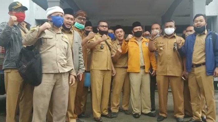 Puluhan Kades di Kabupaten Sukabumi Geruduk Kantor Dinsos Pertanyakan Data Bansos yang Tak Sesuai
