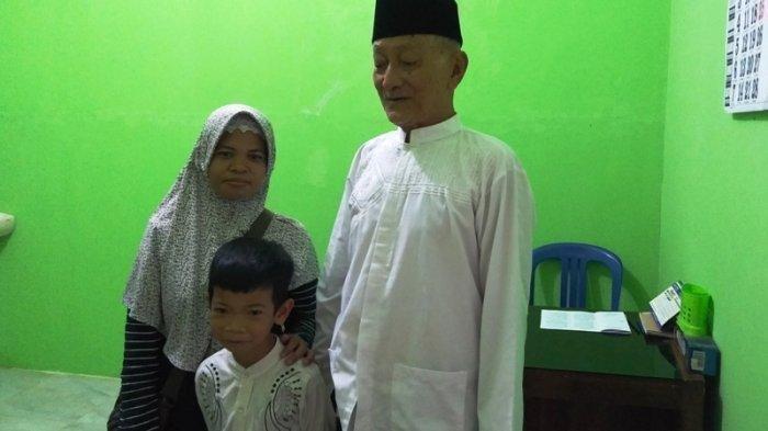 KAKEK Usia 75 Tahun di Purbalingga Akhinya Berani Disunat, Dibujuk Istrinya Setelah 11 Tahun Menikah