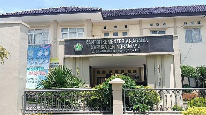 Kantor Kemenag Indramayu Sepi Tak Ada Aktivitas Imbas 10 Pegawai Dinyatakan Positif Covid-19