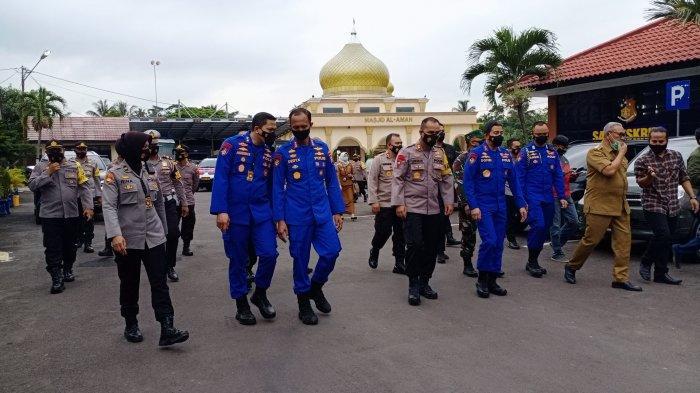 Kunjungi Mapolres Kuningan, Kapolda Jabar Irjen Pol Ahmad Dofiri Puji Tanaman Hidroponik