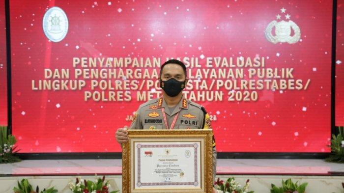 Kapolresta Cirebon Terima Langsung Penghargaan Pelayanan Prima dari Kementerian PANRB