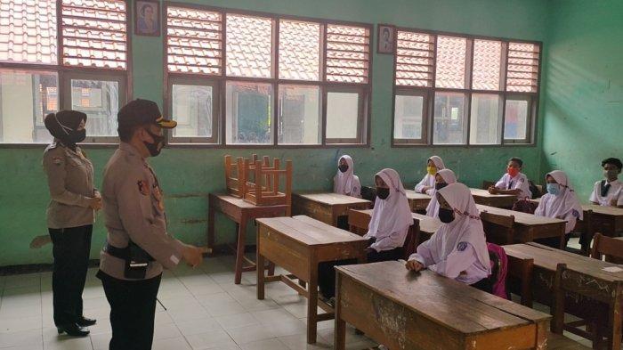 Cek Kesiapan Protokol Kesehatan, Tim Gugus Tugas Covid-19 Jatiwangi Datangi Sejumlah Sekolah