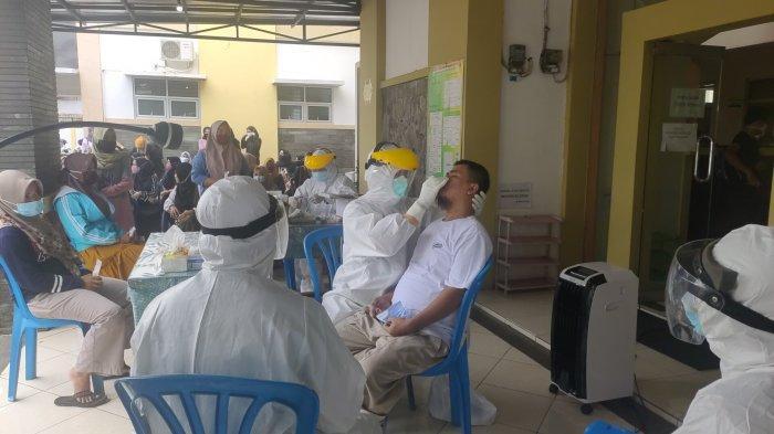 Buntut Seorang Karyawan Positif Covid-19, Puluhan Karyawan Toko UD Putra TS Dites Swab