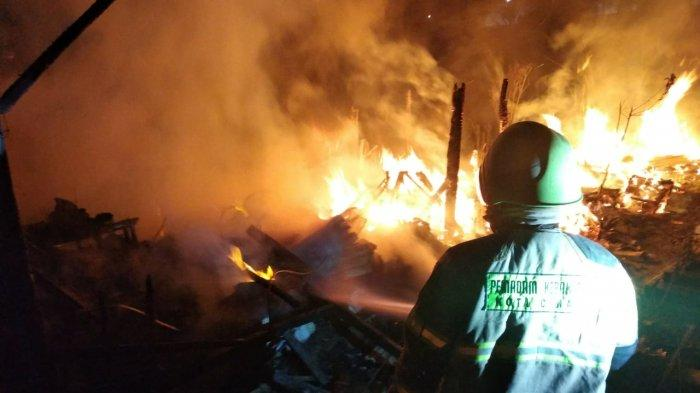 Gudang Percetakan Patung dan Kandang Kambing di Cimahi Kebakaran, Tiga Kambing Terpanggang