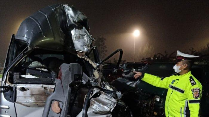 Kecelakaan Mobil Elf Hantam Truk di Tol Cipali KM 176 Majalengka, 5 Orang Luka-luka, Ini Penyebabnya