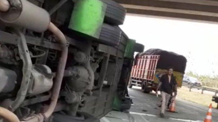Polisi Bilang Korban Meninggal Kecelakaan di Tol Cipali KM 84 Arah Jakarta Hanya Satu Orang