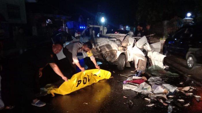Kecelakaan Dini Hari Tadi, Seorang Warga Tewas dalam Tabrakan yang Libatkan 3 Mobil di Majalengka