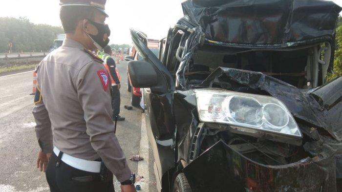 Kecelakaan Maut di Tol Cipali KM 122, Tabrak Truk Dari Belakang, Sopir Luxio Tewas di Tempat