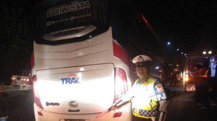 Hendak Silaturahmi dengan Wakil Presiden KH Ma'ruf Amin, Rombongan Bus Hantam Truk, Seorang Tewas