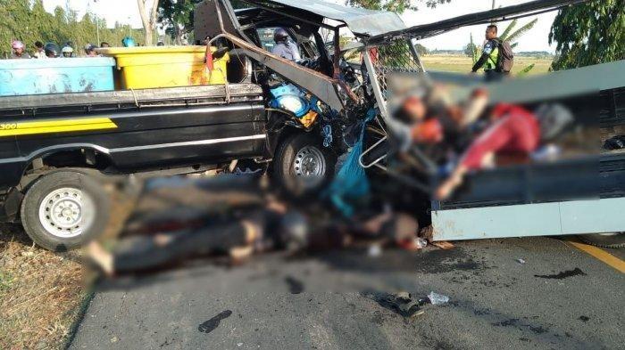 VIDEO - Korban Kecelakaan Beruntun Bergeletakan di Jalan Raya Balongan, Mobil-mobil Hancur Bertumpuk