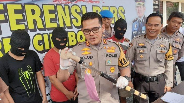 Polres Cirebon Kota Tangkap Dua Pelaku Pembacokan, Pelaku Gunakan Parang Saat Lukai Korbannya