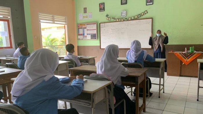 Indramayu Siap Laksanakan KBM Tatap Muka, Setiap Sekolah Diminta Segera Isi Daftar Periksa Kesiapan