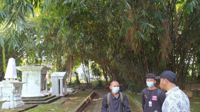 Lakukan Perbuatan Tak Terpuji Menginjak Makam Belanda hingga Viral, Dua Pemuda di Bogor Minta Maaf