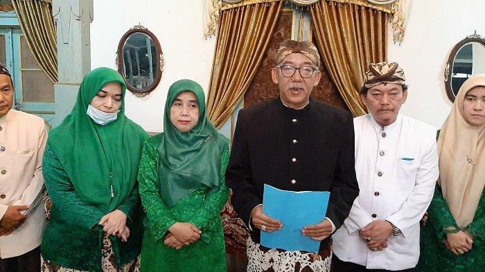 Keluarga Besar Kasultanan Cirebon Tak Akui PRA Luqman Zulkaedin sebagai Sultan Sepuh XV