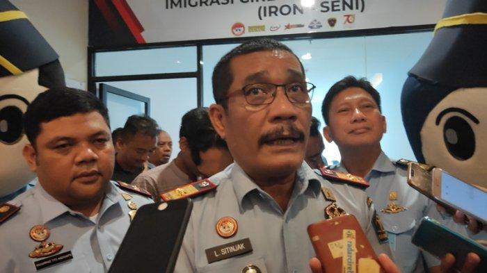 Kepala Kantor Kemenkumham Jabar Puji Imigrasi Cirebon Buka Layanan Pembuatan Paspor di Mall