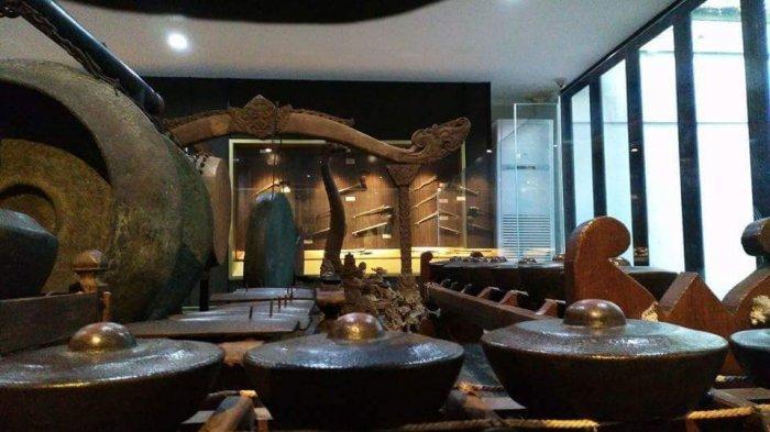 Keraton Kasepuhan Cirebon Tetap Laksanakan Ritual Jemasan Gamelan Sekatan Tanpa Tradisi Penabuhannya