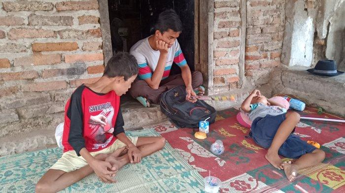 Refi & Pian, Bocah Asal Indramayu Ditinggal Kabur Ibu Kandung, Sang Ibu Minggat dengan Pria Kaya