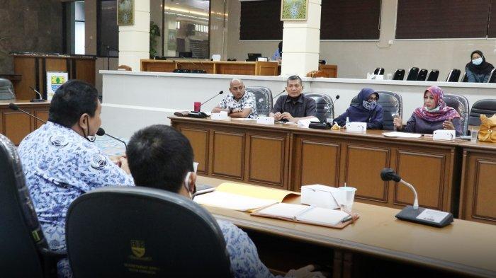 Komisi II DPRD Kota Cirebon Minta DLH Prioritaskan Program Penanganan Sampah dan Penghijauan