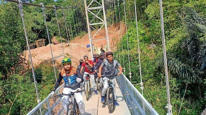 Komunitas Pitpitan di Kuningan, Bersepeda Sambil Kenalkan Keindahan Alam dan Objek Wisata Kota Kuda
