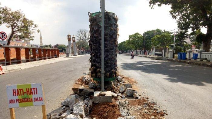 Pembangunan Median Jalan di Majalengka Tuai Sorotan