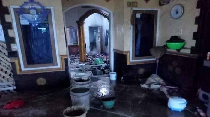 Rumah Mewah Minimalis di Indramayu Kebakaran, Kerugian Ditaksir Capai Ratusan Juta Rupiah