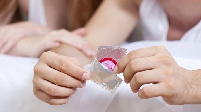 Sebanyak 324 Ribu Kondom Bekas Diamankan Polisi karena Diduga Didaur Ulang di Gudang Vietnam