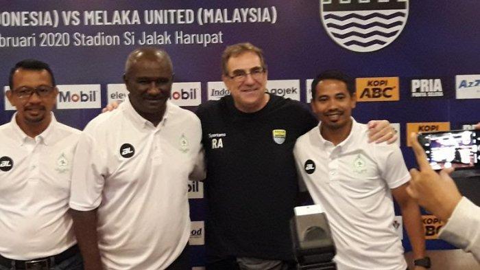 Robert Alberts Ingin Persib Bandung Diisi Pemain Binaan Sendiri, Gak Prioritaskan Pemain Timnas