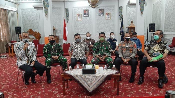 13.700 Dosis Vaksin dari TNI - Polri Dialokasikan untuk Vaksinasi Covid-19 Massal di Kota Cirebon