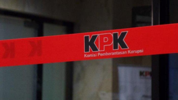 Dua Politisi Golkar di Panggil KPK Terkait Kasus Korupsi Tersangka Abdul Rozaq Muslim di Indramayu