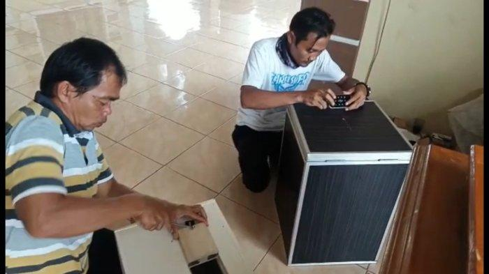 Jaga Masjid dari Pencuri Kotak Amal, Bupati Kuningan Hibahkan Kunci Digital Pakai Sensor dan GPS