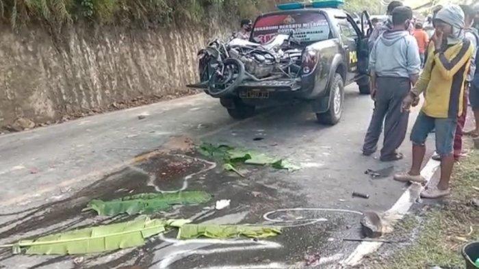 2 Orang Pemotor Tewas Terlindas Truk dalam Kecelakaan Maut di Sukabumi, Mobil Masuk Parit